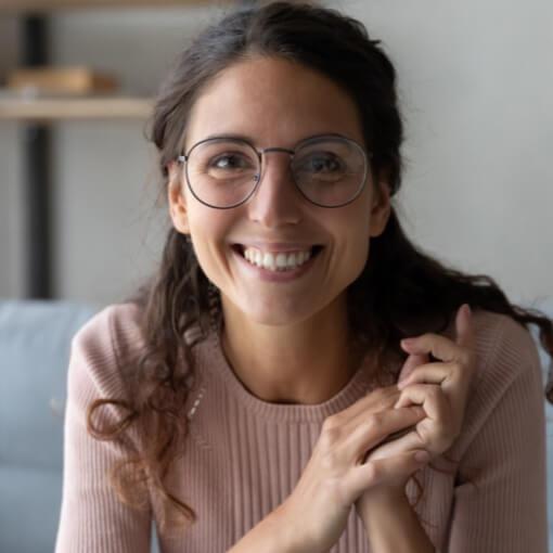 Bild von einer Frau die lacht, valantic Customer Focus Day SAP