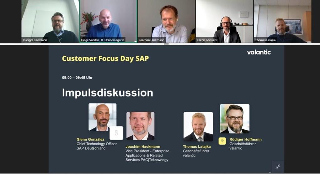 Bild von der Impulsdiskussion auf dem valantic Customer Focus Day SAP