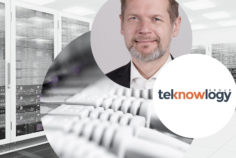 Image of Joachim Hackmann, Principal Consultant at teknowlogy|PAC, digital innovations, a data center in the background