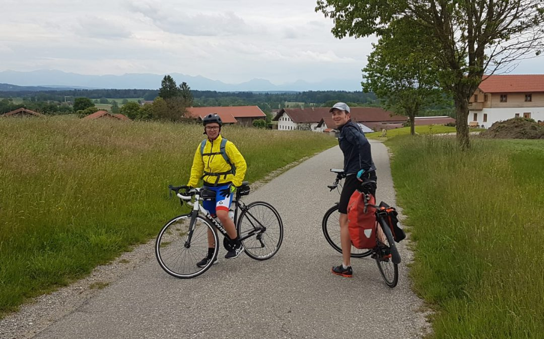 Picture of Tamas und Erich while cycling