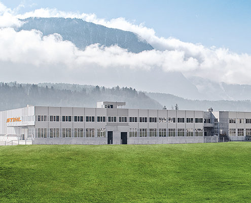 Bild von dem STIHL Gebäude, valantic Supply Chain Excellence Day bei STIHL Tirol