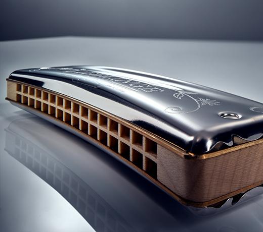 Image of a HOHNER chromatic harmonica, valantic customer