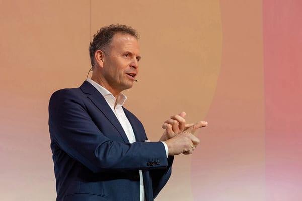 Bild von Martin Hofer, Geschäftsführer von valantic Supply Chain Excellence, Sprecher auf den visiondays 2019