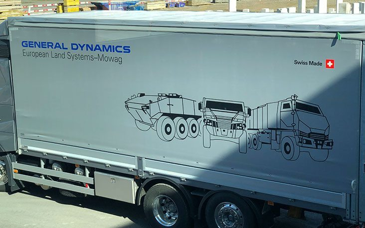 Picture of a General Dynamics truck, valantic Supply Chain Excellence Day bei General Dynamics