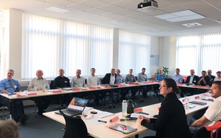 Picture of people in a conference room, valantic Supply Chain Excellence Day at MEKRA