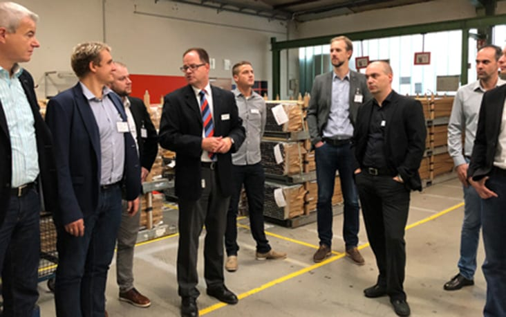 Picture of people in a warehouse, valantic Supply Chain Excellence Day at MEKRA