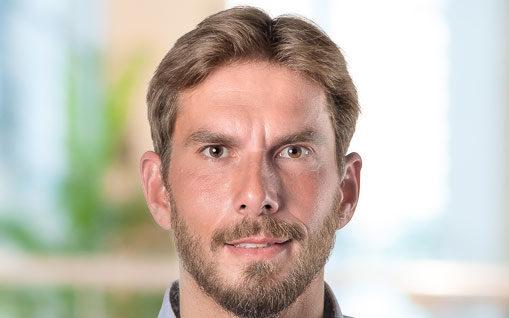 Porträt von Tim Wedler, Geschäftsführer bei NEXUS United, a valantic company