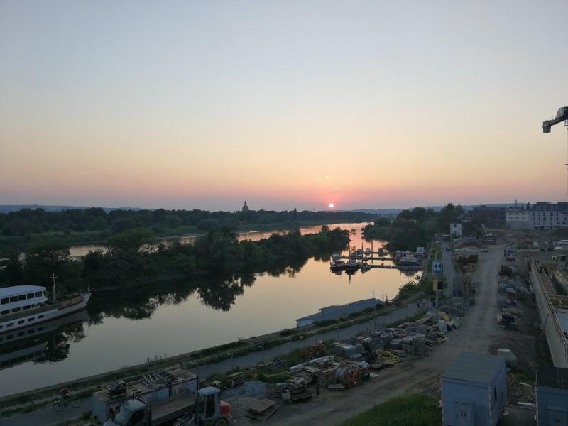 Foto aus dem valantic ERP Consulting Büro in Dresden mit Blick auf die Elbe