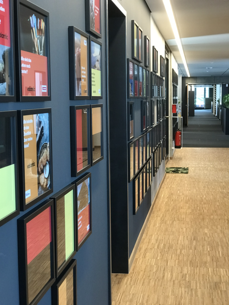 Image of a corridor, office of valantic Customer Engagement & Commerce (CEC) in Mannheim